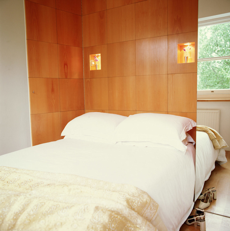 Little Venice Apartment - 5 Modern style bedroom by Jonathan Clark Architects Modern