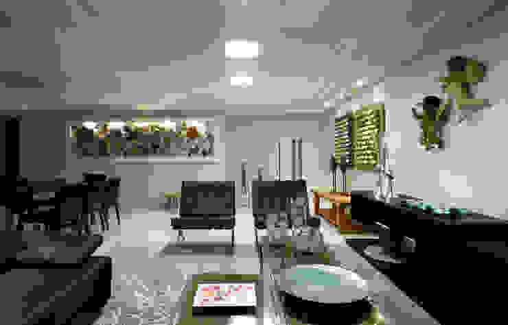 Sala estar/jantar dos anjos Salas de estar modernas por Celia Beatriz Arquitetura Moderno