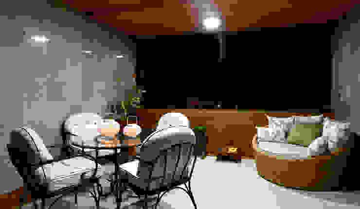 Sala estar/jantar dos anjos Varandas, alpendres e terraços rústicos por Celia Beatriz Arquitetura Rústico