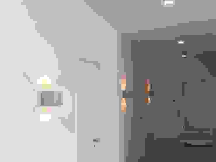 Wandlampe: modern  von Beton Cube,Modern