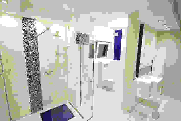 Baños modernos de Bednarski - Usługi Ogólnobudowlane Moderno