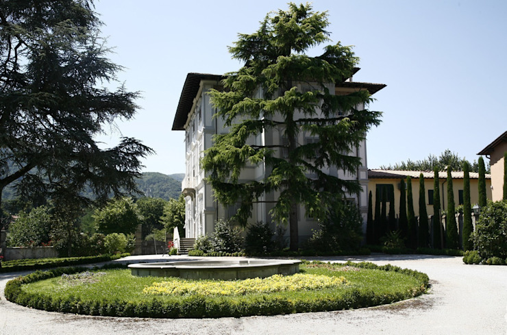 Klasyczny ogród od Studio Tecnico Fanucchi Klasyczny