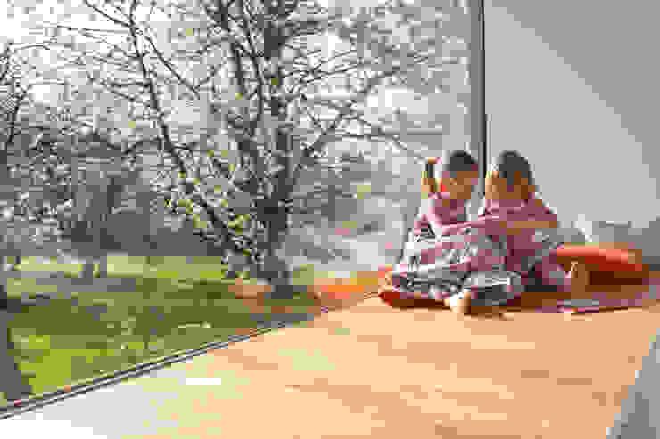 Kirschblütenhaus Moderne Wände & Böden von René Lamb Fotodesign GmbH Modern
