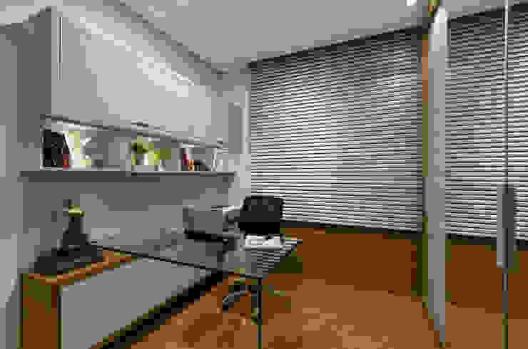 Home office J|R Escritórios ecléticos por Redecker + Sperb arquitetura e decoração Eclético