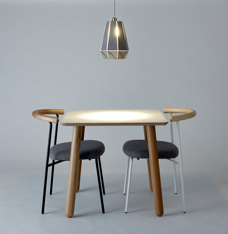 Etienne, Grace and Flora Small Tulip: minimalist  by And Then Design Limited, Minimalist