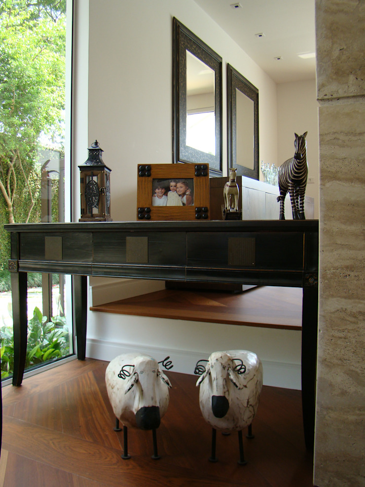 Casa GM por Roesler e Kredens Arquitetura Moderno