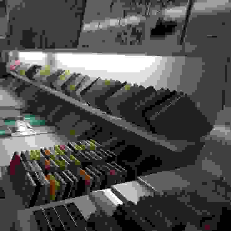 Keramostone Sala multimediaAccesorios y decoración