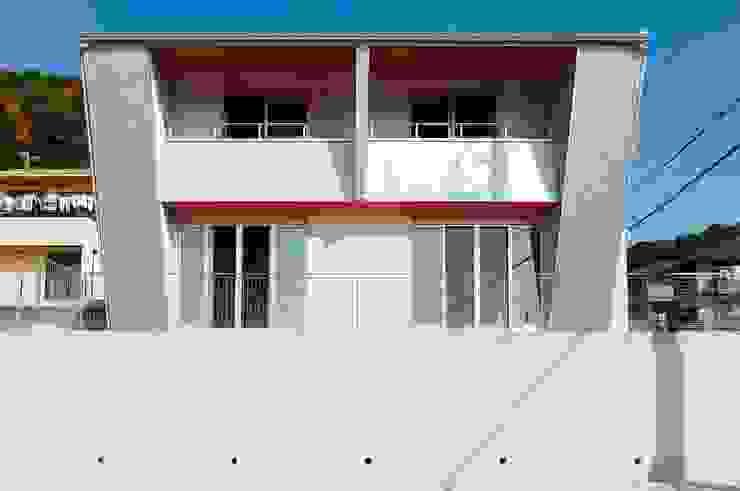 南側外観 モダンな 家 の 氏原求建築設計工房 モダン