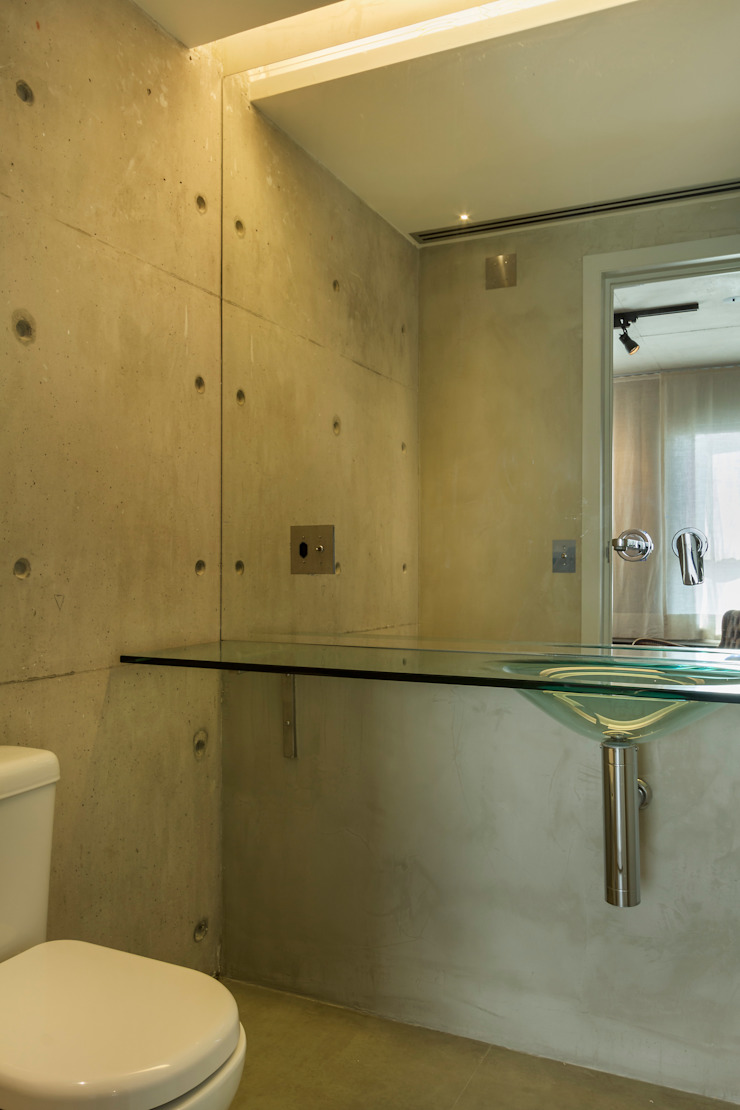 Kamar Mandi Modern Oleh Studiodwg Arquitetura e Interiores Ltda. Modern