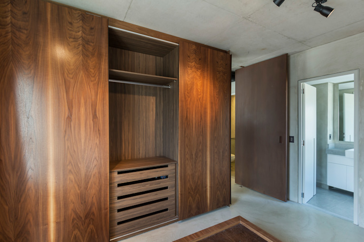 Kamar Tidur Modern Oleh Studiodwg Arquitetura e Interiores Ltda. Modern