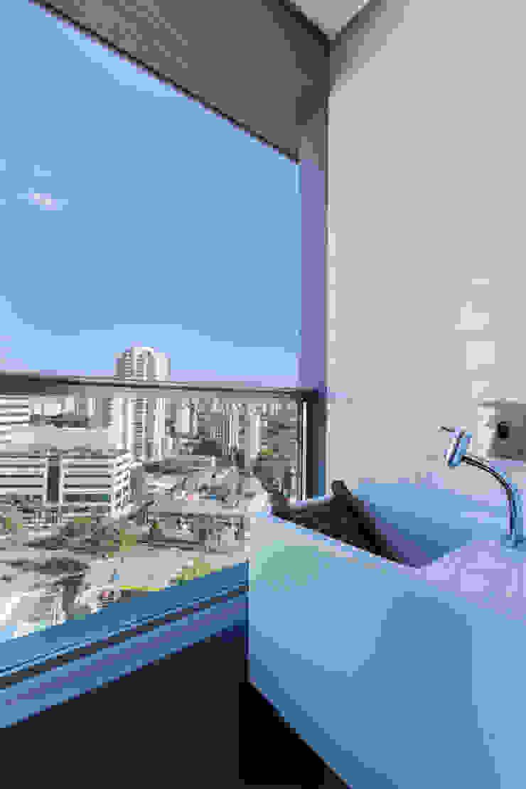 Urban Loft Paredes e pisos modernos por Studiodwg Arquitetura e Interiores Ltda. Moderno