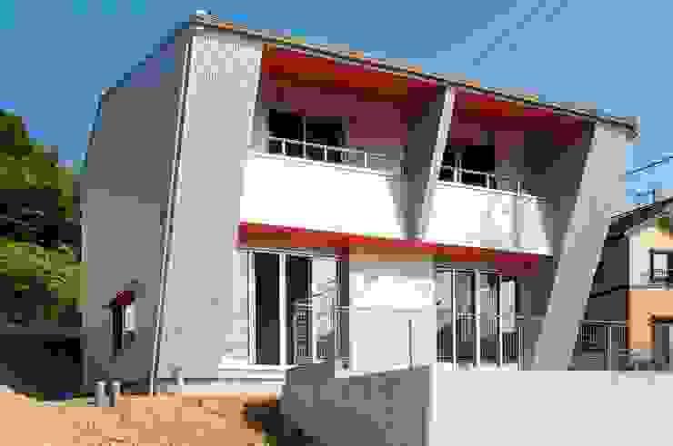 西南側外観 モダンな 家 の 氏原求建築設計工房 モダン