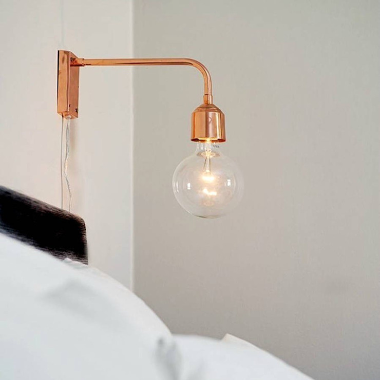 Copper Wall Lamp: industrial  by POSH TOTTY DESIGNS, Industrial