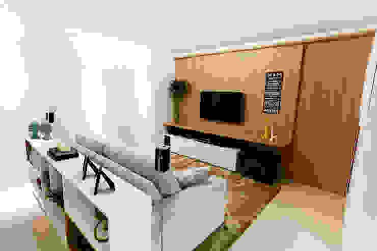 Apartamento AR- Joinville/SC – Estúdio Kza Arquitetura e Interiores Salas multimídia modernas por Estúdio Kza Arquitetura e Interiores Moderno