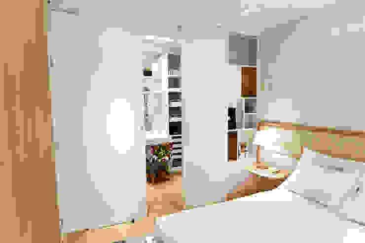 Apartamento AR- Joinville/SC – Estúdio Kza Arquitetura e Interiores Quartos modernos por Estúdio Kza Arquitetura e Interiores Moderno