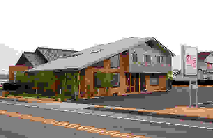 南西側外観 オリジナルな 家 の 氏原求建築設計工房 オリジナル