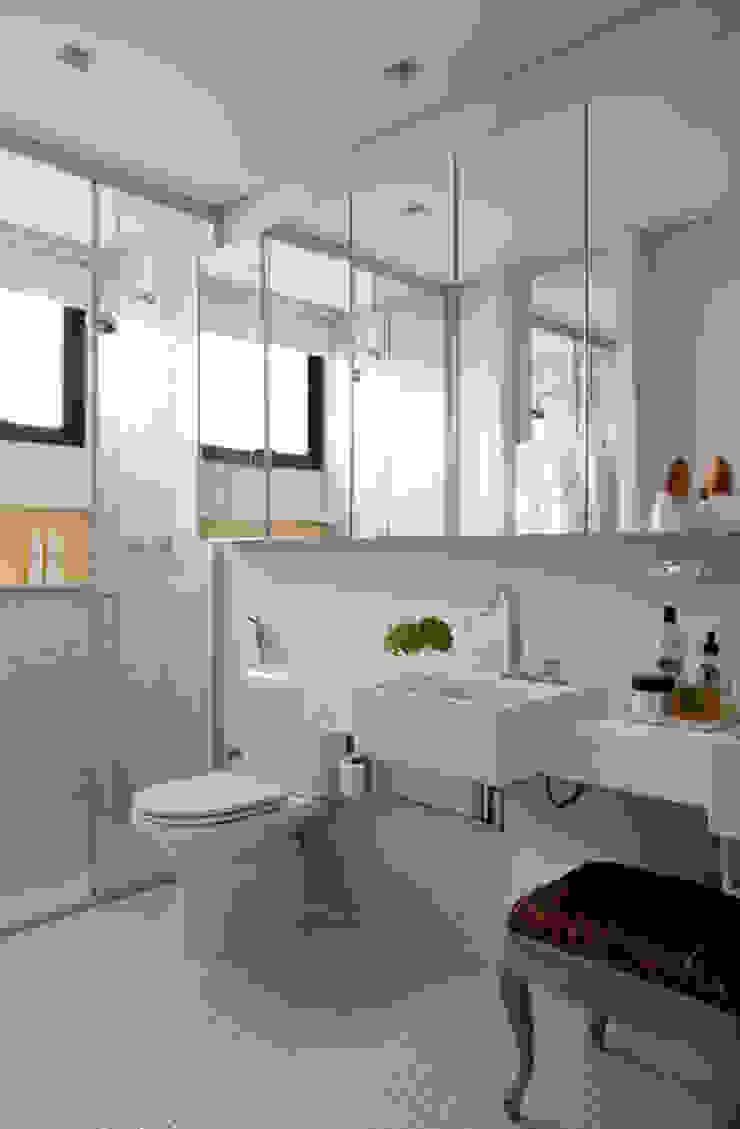 Casa de Vila Banheiros modernos por CSDA Arquitetura e Interiores Moderno