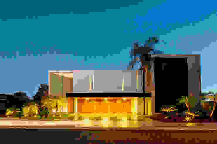 Casa Jabuticaba Casas modernas por Raffo Arquitetura Moderno