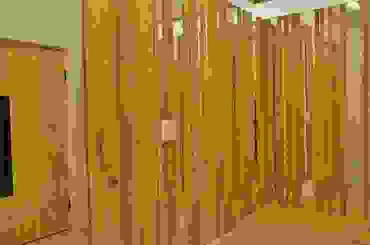APARTAMENTO NA CIDADE Corredores, halls e escadas modernos por Kika Prata Arquitetura e Interiores. Moderno