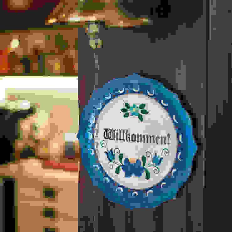 Varanda Gourmet | Campo Grande MS:  colonial por Camila Tannous Arquitetura & Interiores,Colonial