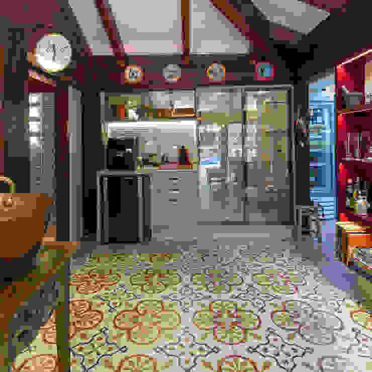 by Camila Tannous Arquitetura & Interiores Eclectic