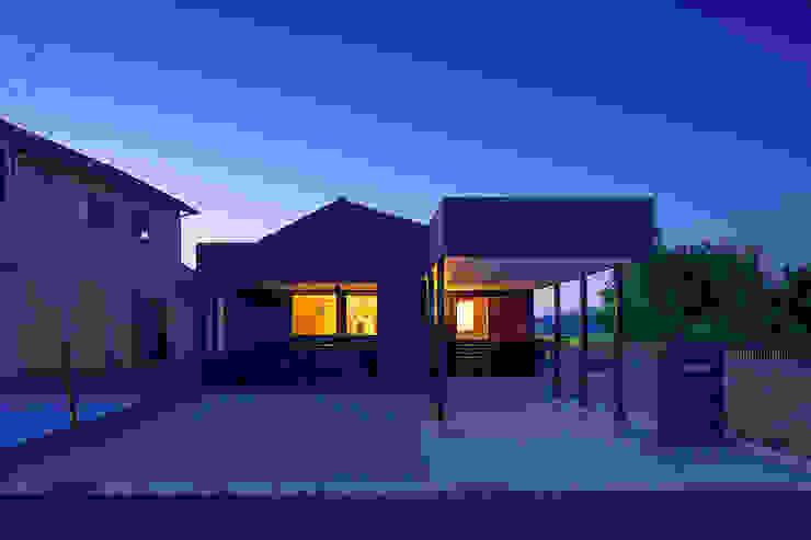 近江八幡の家・外観 オリジナルな 家 の タクタク/クニヤス建築設計 オリジナル