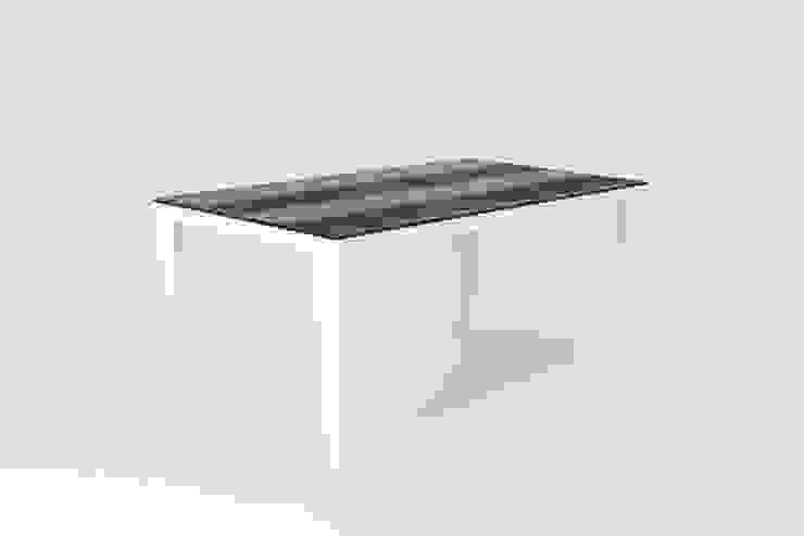 Burnt oak herrigbone dining table: industrial  by wemaketables, Industrial