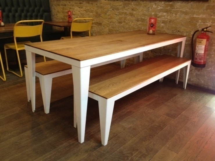 Oak plank table and benches: industrial  by wemaketables, Industrial