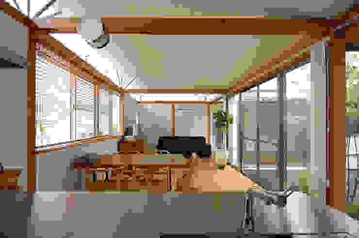 コートハウス モダンデザインの ダイニング の 土居建築工房 モダン