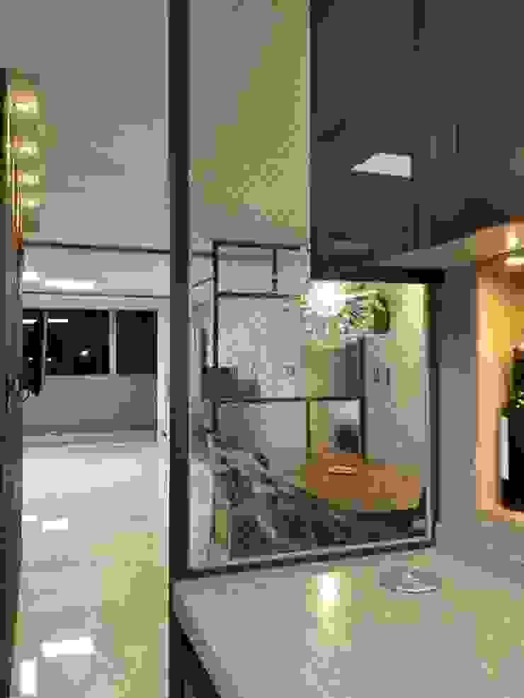 대리석마루 뉴이지스톤 델리카토크림 모던스타일 거실 by (주)이지테크(EASYTECH Inc.) 모던