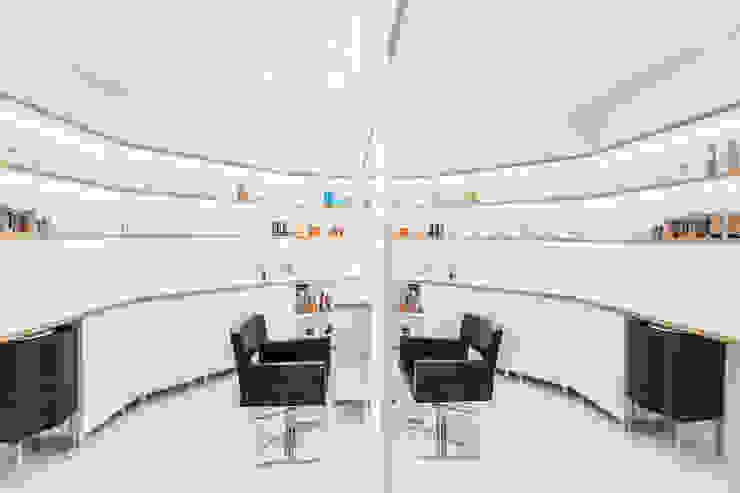 Salon fryzjerski w Żorach Minimalistyczne domowe biuro i gabinet od musk collective design Minimalistyczny