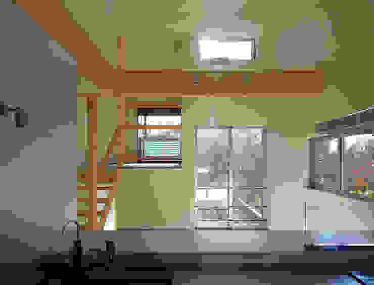 マドの家 モダンデザインの ダイニング の 充総合計画 一級建築士事務所 モダン