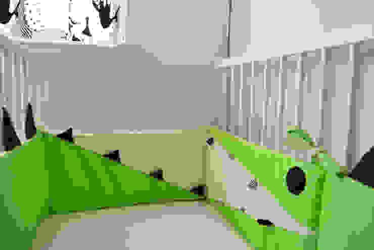 Czarno - Białe zabawki i akcesoria dla niemowląt od Black Plum Skandynawski