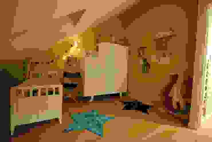 Dormitorios infantiles de estilo moderno de Architecture 3j Moderno