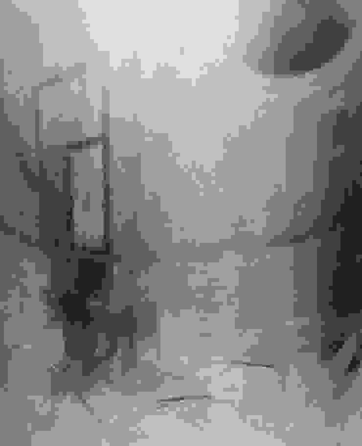 eerste foto's op vaas van studio Mianne de Vries