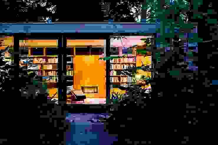 Garden House B. Moderne huizen van Atelier 010 Modern