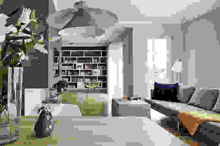 Apartament w Krakowie - salon Skandynawski salon od AvoCADo Skandynawski