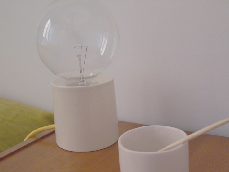 Table Lamp de Working in the Redwoods Minimalista