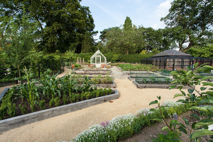 Kitchen Garden, Cheshire por Barnes Walker Ltd