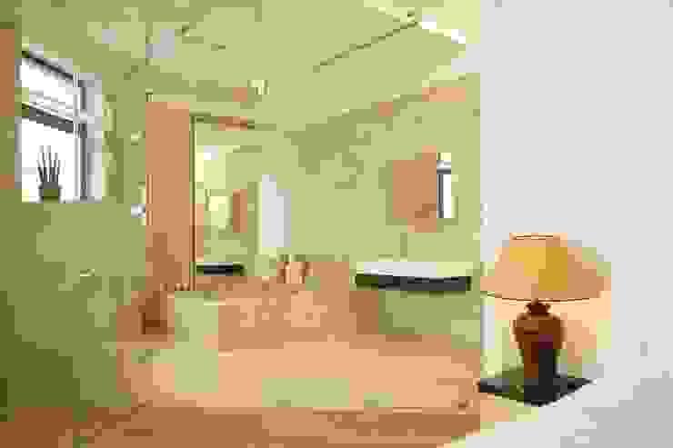 Квартира на Крестовском острове в Санкт-Петербурге Ванная комната в стиле минимализм от Архитектурное бюро 'Sky-lines' Минимализм