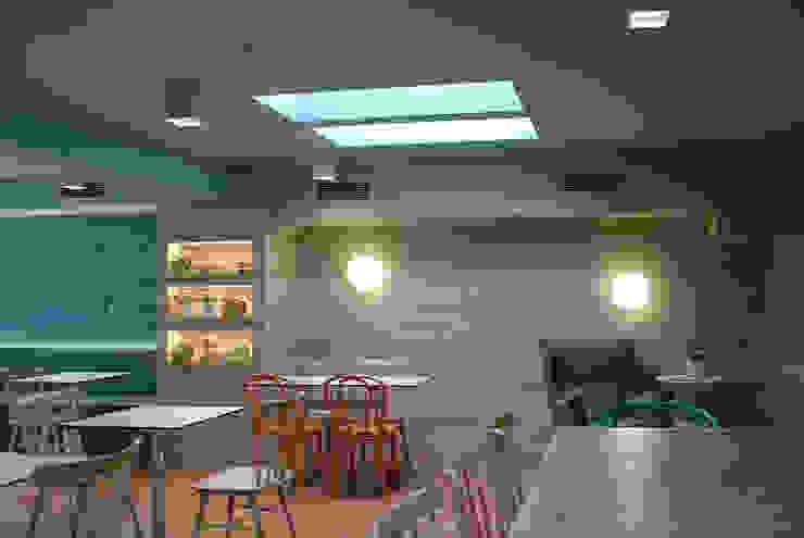 planta 1 Bares y clubs de estilo moderno de interior03 Moderno