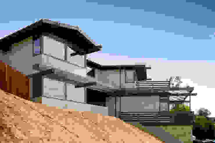Lopez House Modern houses by Martin Fenlon Architecture Modern