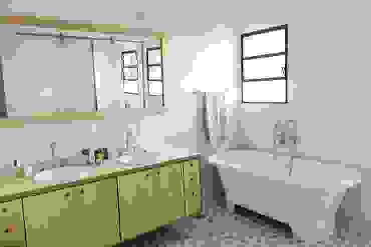 Banheiro principal Banheiros modernos por Ruta arquitetura e urbanismo Moderno