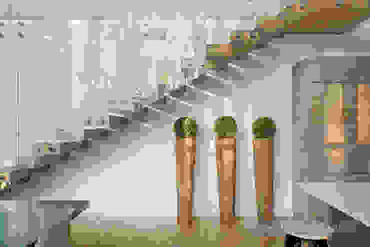 Кухни в . Автор – Yakusha Design,