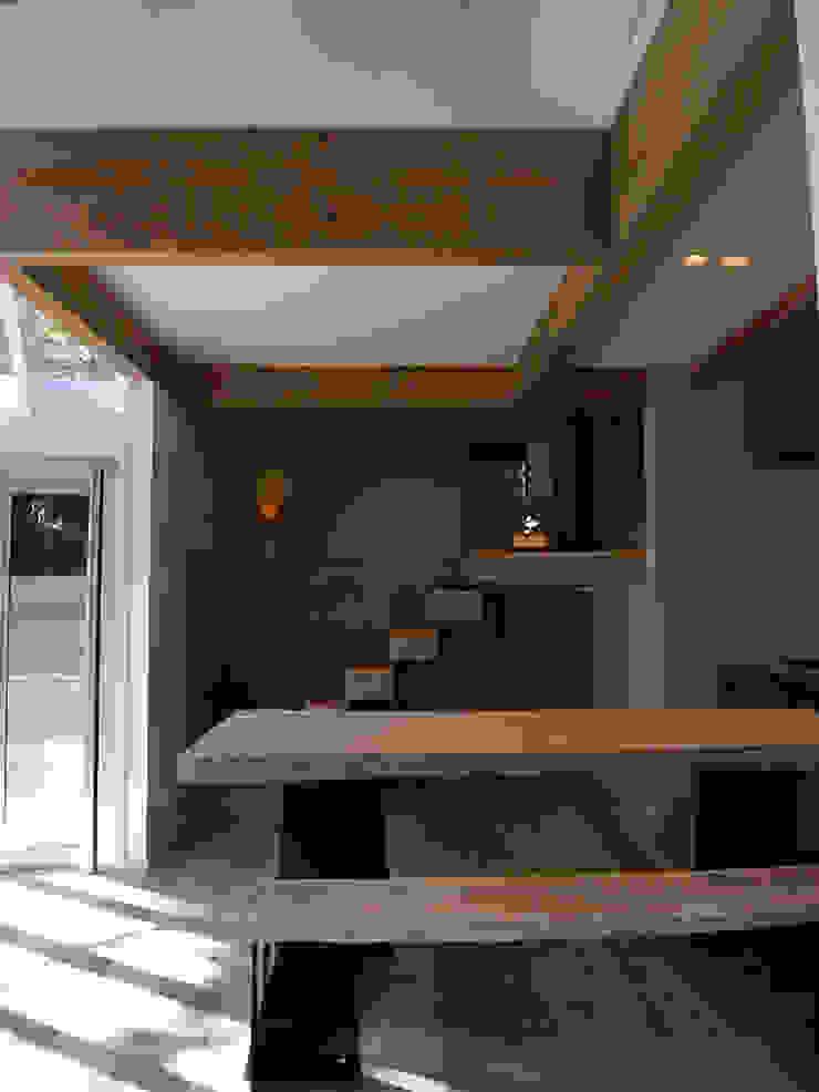 HKH 北欧デザインの リビング の atelier FISH | アトリエ・フィッシュ 北欧