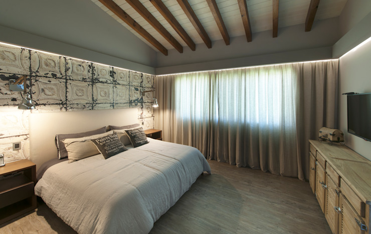 Casa Cuernavaca Cuartos de estilo ecléctico de kababie arquitectos Ecléctico