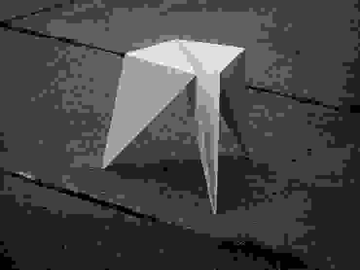 ORI sto: styl , w kategorii  zaprojektowany przez Jakub Piotr Kalinowski,Minimalistyczny