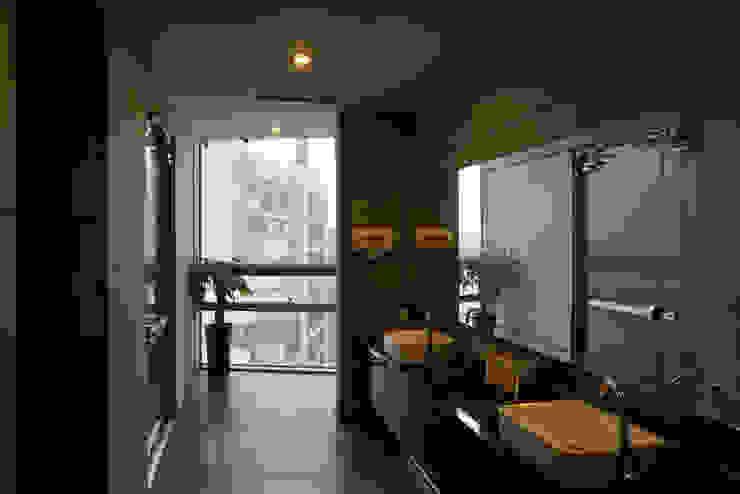 ADF Architects Hospitals Aluminium/Zinc Grey