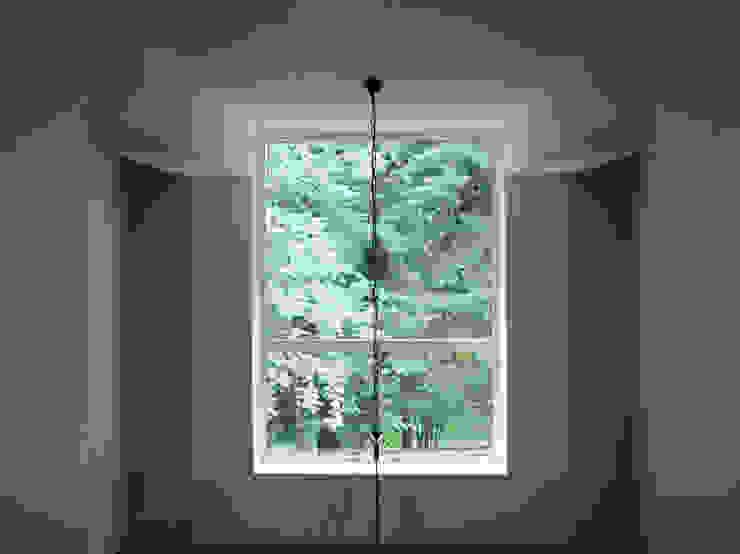 Коттедж на опушке леса Гостиная в стиле модерн от Контент-ВА Модерн