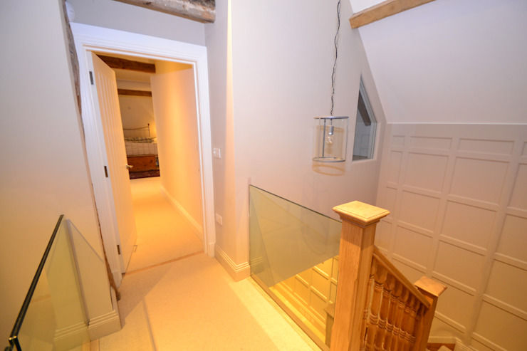 Rushmore Farm, Upton Classic style corridor, hallway and stairs by Studio Four Architects Classic